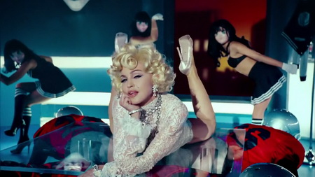 Новый клип Madonna, Nicki Minaj, M.I.A. - Give Me All Your Luvin (2012)