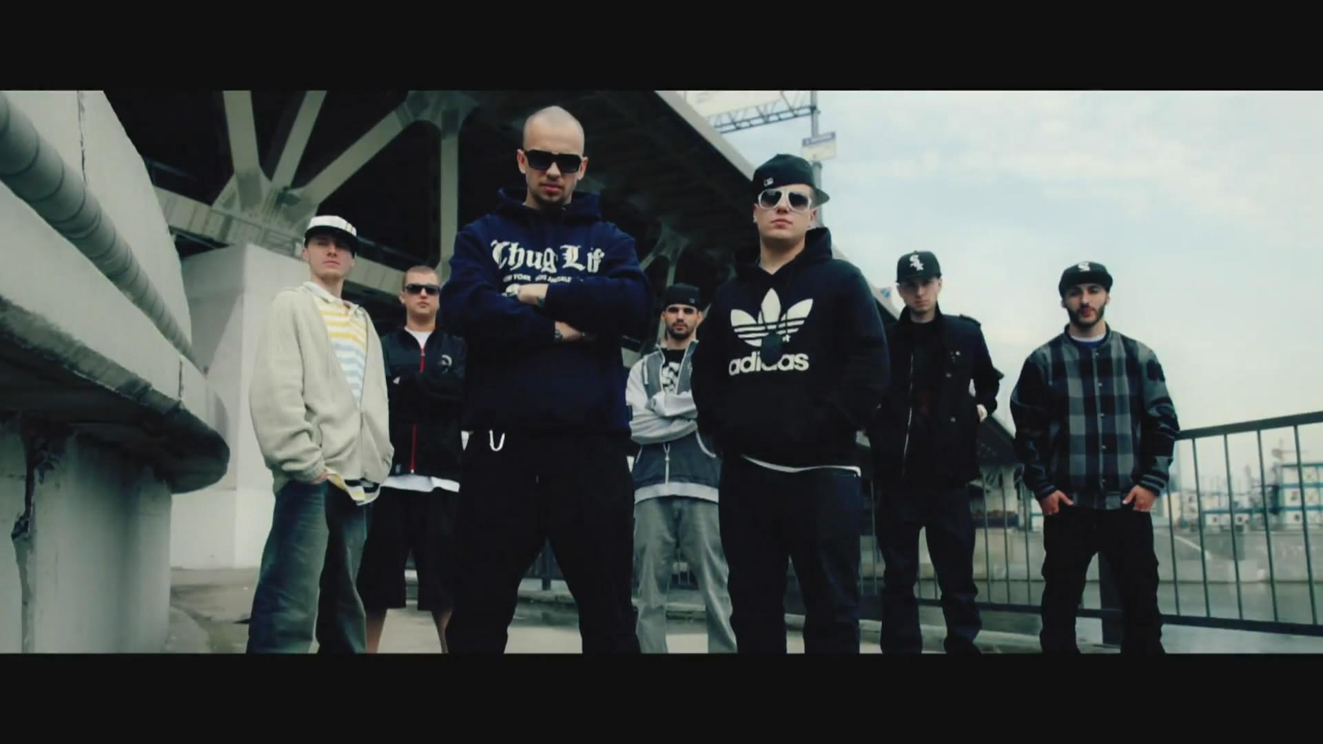 ST и DJ Maxxx - Скажи мне, кто (2010)