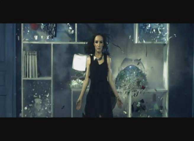 Новый клип Вика Дайнеко - Сотри его из мемори (2011)
