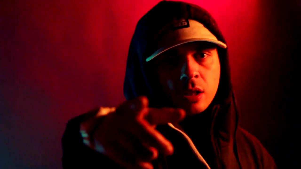 Новый клип Смоки Мо и DJ Nik-One - Шорох в кустах (2011)