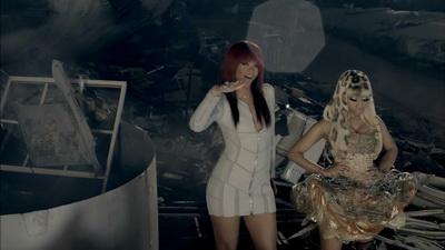 Клип Nicki Minaj и Rihanna - Fly (2011)